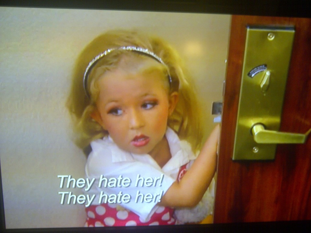 Reinforcing Self-Esteem Via Toddlers & Tiaras Screengrabs