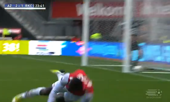 Jozy Altidore Scores a Beautiful Goal, Fails to Perform an Adequate Celebratory Knee-Slide