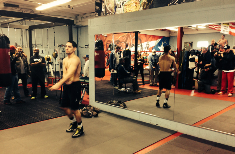 Danny Garcia Training At His NE Philly Gym [Pictures and Video]
