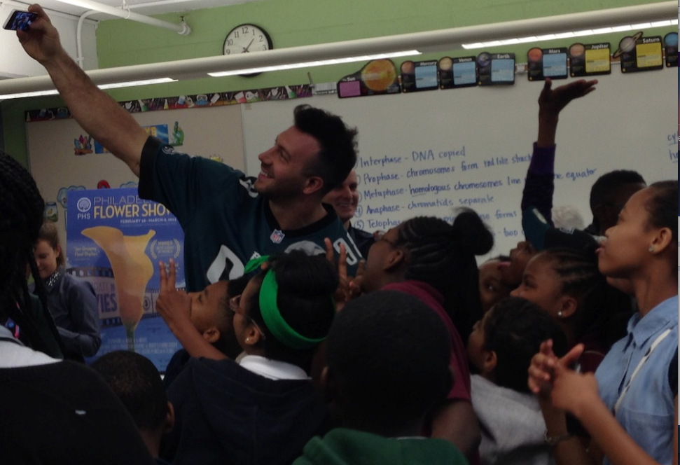 Eagles LB Connor Barwin Visited A K-8 School On My Block Today